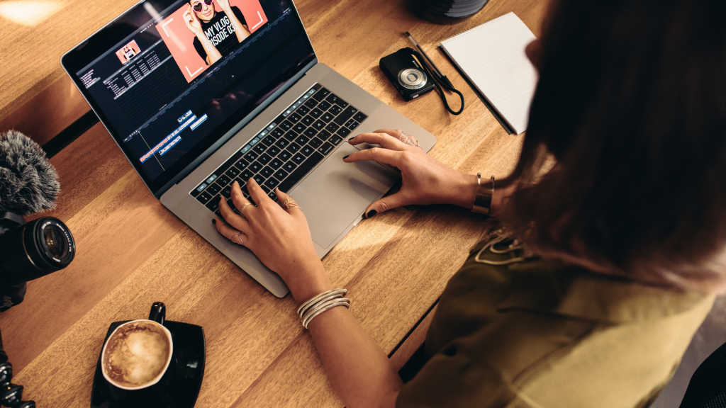 動画広告運用代行の料金相場とサービス範囲