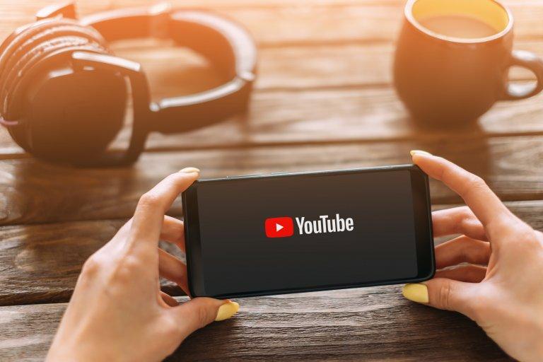 YouTube広告のコンバージョンを徹底解説!平均CVRや運用ノウハウ、測定方法まで一挙紹介