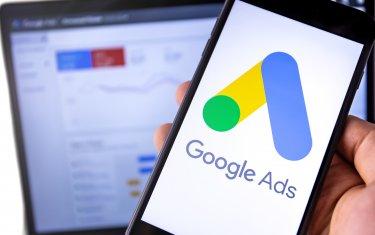 Googleアナリティクス4(GA4)とGoogle広告連携ガイド!リンクするメリットや手順、分析ポイントを詳しく解説