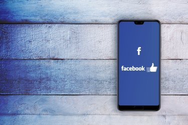Facebook広告の効果測定マスターガイド!分析指標やおすすめツールを詳しく解説