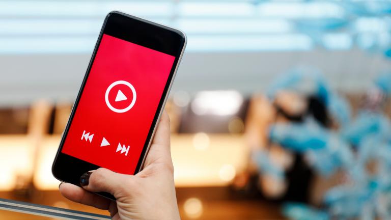 YouTube広告の費用がまるわかり!課金形態や費用相場、代理店手数料まで詳しく解説
