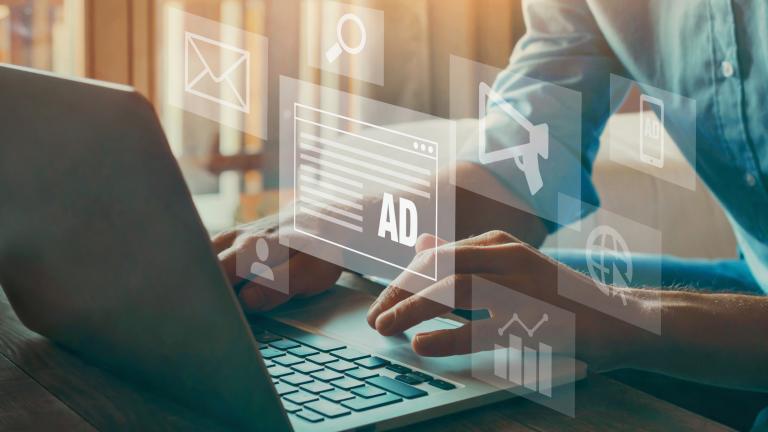 ディスプレイ広告のA/Bテスト完全ガイド!設定・実施方法から効果的な分析・活用のポイントまで詳しく解説